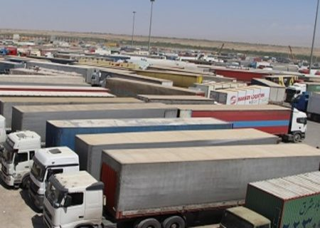کاهش ماهانه ۱۵۰ میلیون دلاری صادرات به عراق