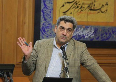 حناچی به دلیل تصویب طرح توسعه مجلس تذکر گرفت
