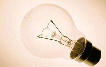 چگونه لامپها به محیط زیست آسیب میرسانند؟