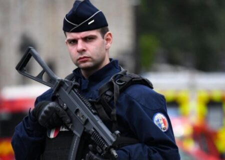 پلیس فرانسه مدعی حمله به منازل «شبهنظامیان مسلمان» شد
