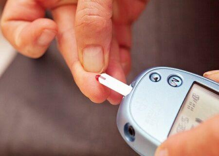 قند خون دیابتی ها قبل از مراجعه به دندانپزشک کنترل شود