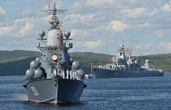 نیروی دریایی برای ثبات و امنیت از هیچ کوششی فروگذار نخواهد کرد