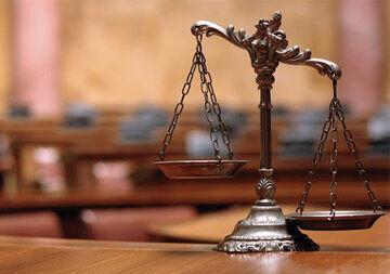 کسب و کار تلقی شدن وکالت مغایر با اصول قانون اساسی است