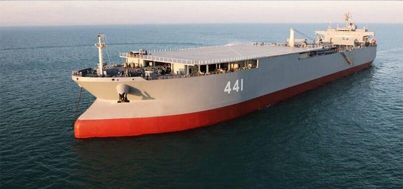 ناوبندر مکران در رزمایش دریایی اقتدار به نیروی دریایی ارتش ملحق شد