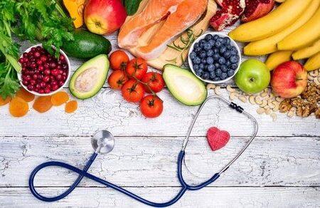 این ۱۰ ماده غذایی برای تقویت سیستم ایمنی معجزه میکنند