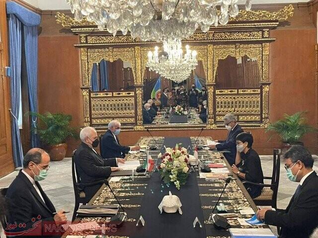 تاکید وزیر امور خارجه ایران برضرورت تسریع در نهایی کردن موافقنامه تعرفه ترجیحی بین ایران و اندونزی
